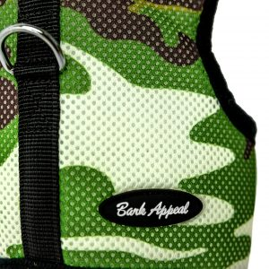 Camouflage wrap and go mesh dog harness detail