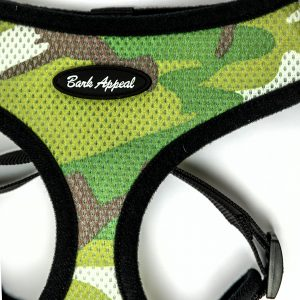 camo mesh pullover dog harness detail