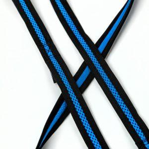 blue mesh dog leash detail
