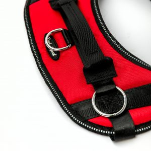 red reflective no pull dog harness detail